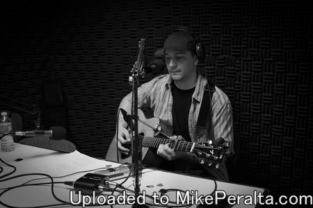 Mike Peralta -Mike Peralta live acoustic performance